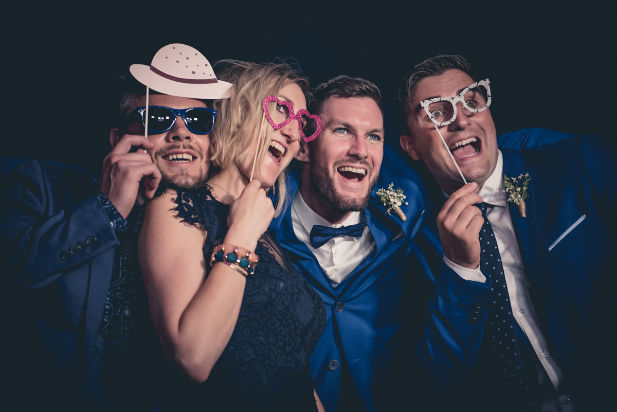 Fun Booth : location de photobooth mariage sur Biarritz, Anglet, Bayonne et le Pays Basque.