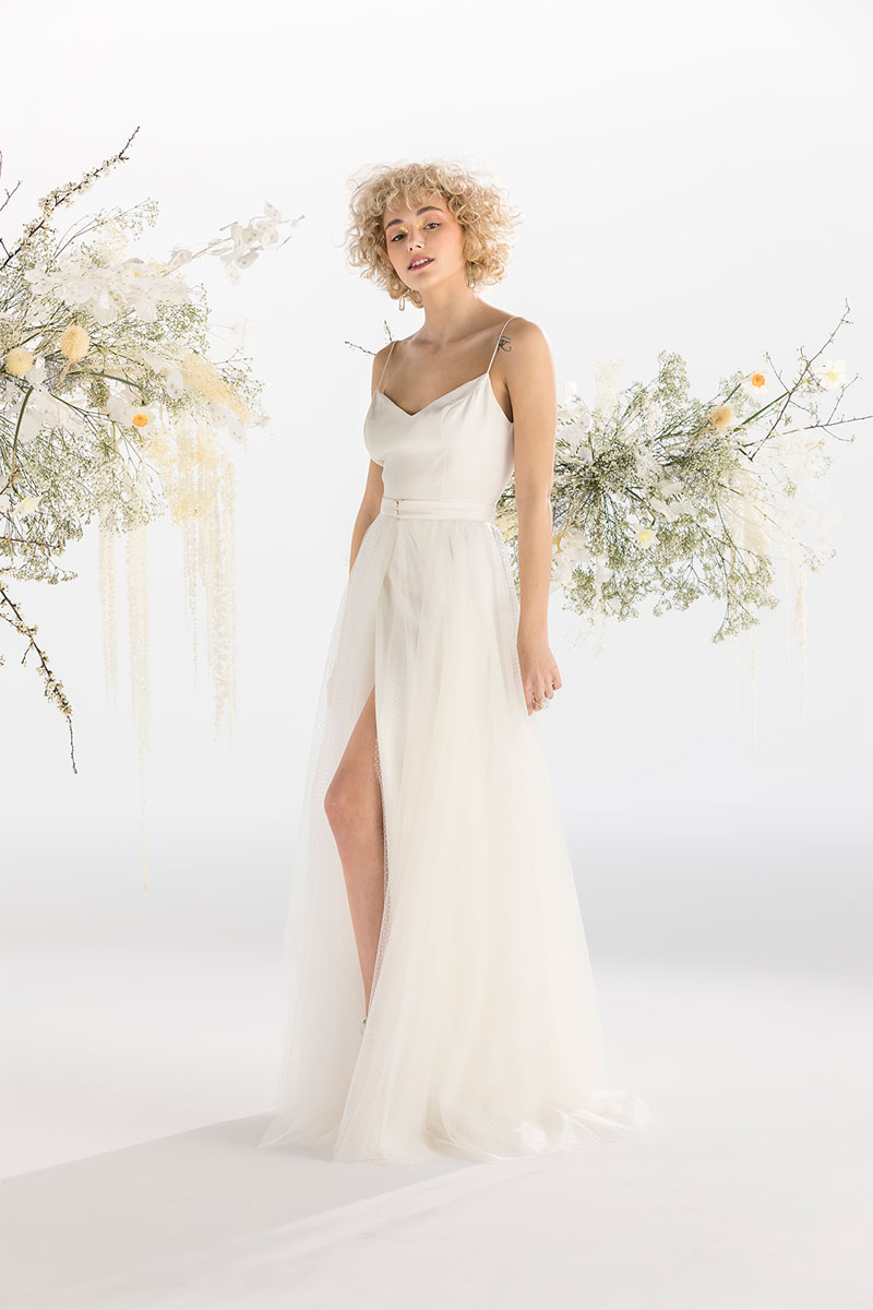Robe de mariée 2021 de la collection moderne et contemporaine signée Atelier Confidentiel.